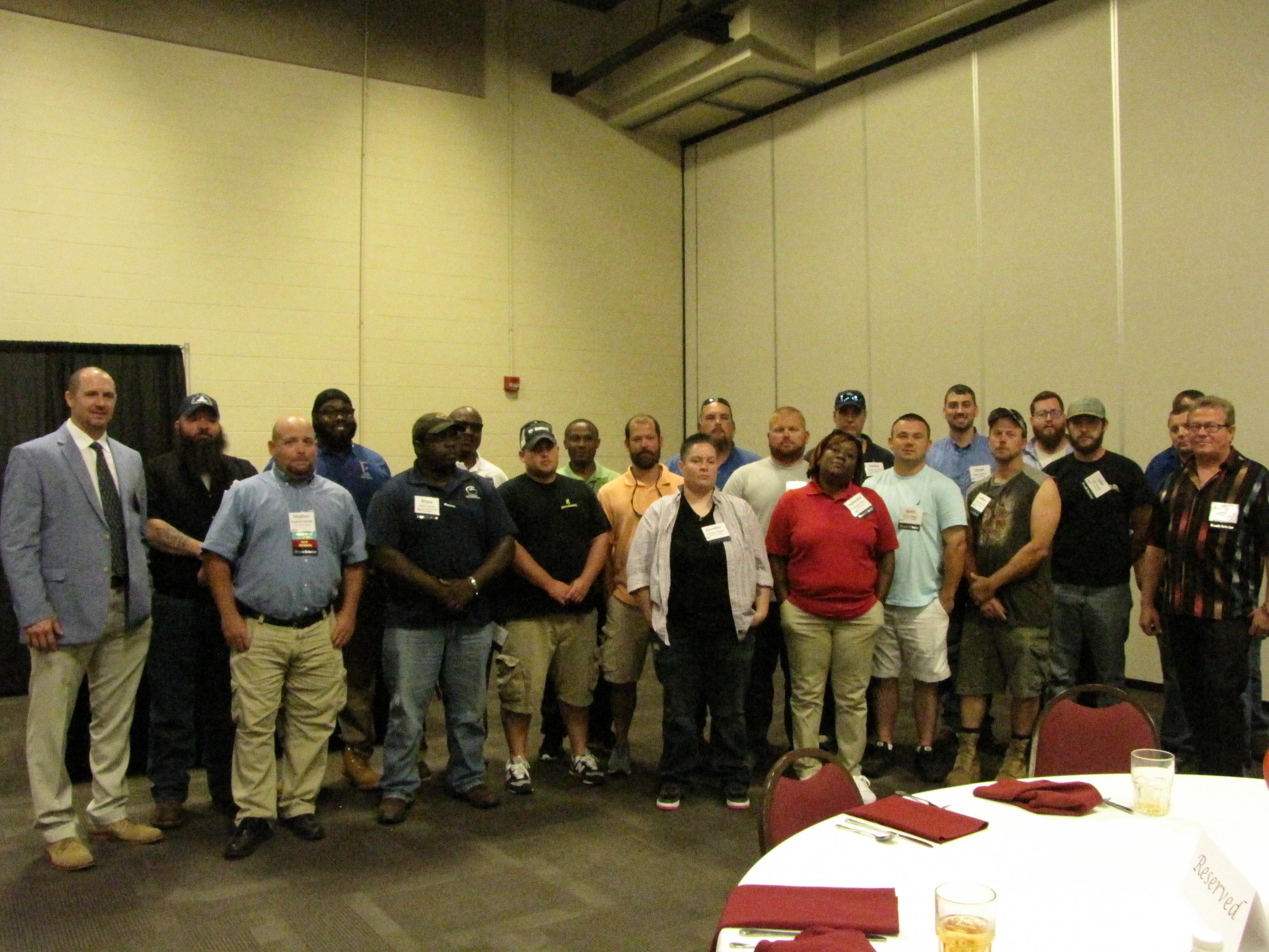 2017 roads scholar graduates group photo